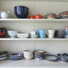 食器類の一時保管棚